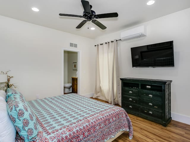 Caribe West A - Second Bedroom - King, First floor