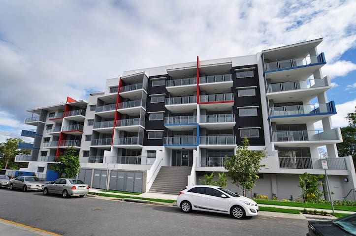 Brisbane modern apartment near the city and beach! - Eight Mile Plains - อพาร์ทเมนท์