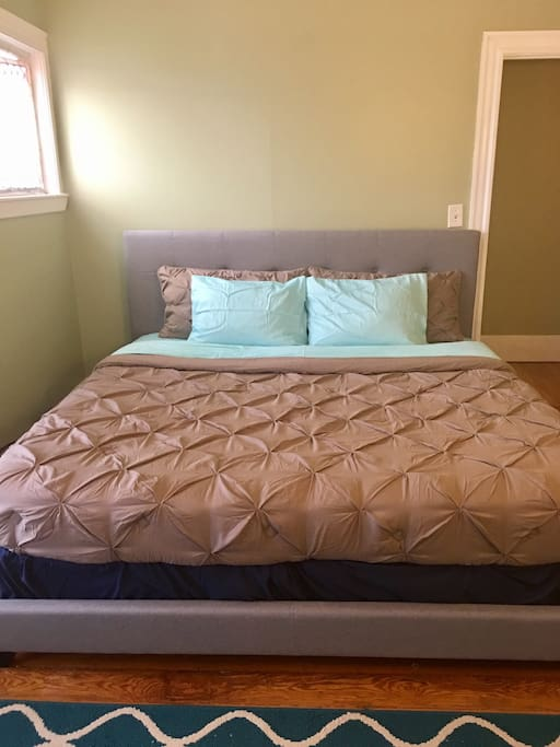 Have a great night on sleep in this king size memory foam mattress.