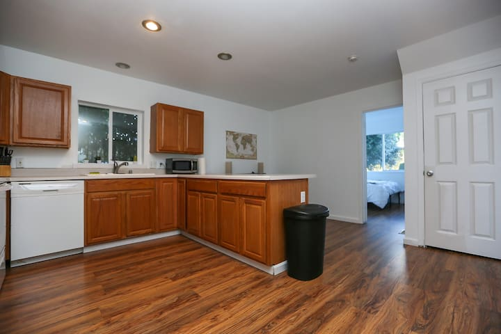 Fresh, Sunny & Eye-Catching West Seattle Home!