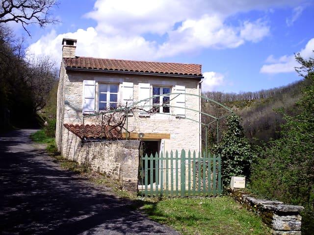 Maisonnette quercinoise - Catus - House