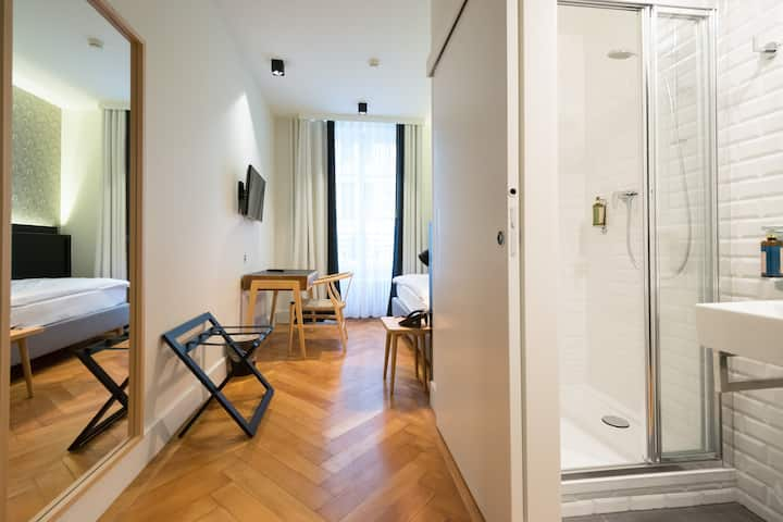 Comfortable & Cosy Single Room - Geneva Heart '2