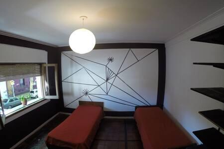 Hermosa habitación compartida (Serrano y Castillo) - Μπουένος Άιρες
