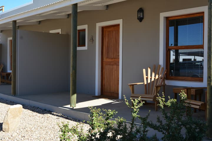 Travellers Rest - Twin Room