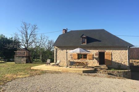 Belle maison en pierres - Ligneyrac - Haus