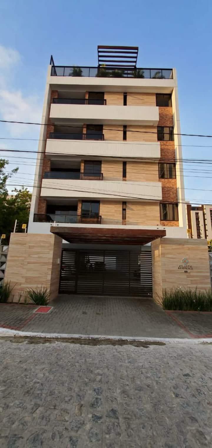 Apartamento completo em Intermares.