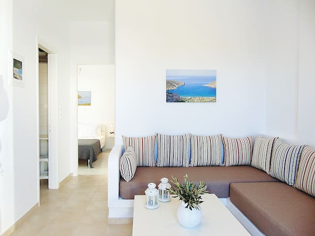 George's place- cosy studio close to town center - Apollonia - Apartamento