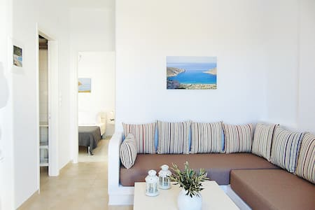 George's place- cosy studio close to town center - Apollonia - Lejlighed