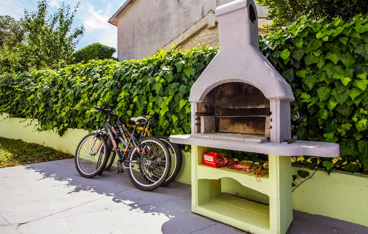 4 bicycles for guests-free usage, and shared barbecue