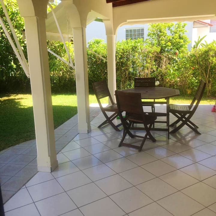 Apartment with 2 bedrooms in Capesterre Belle Eau, with wonderful sea view and enclosed garden - 3 km from the beach