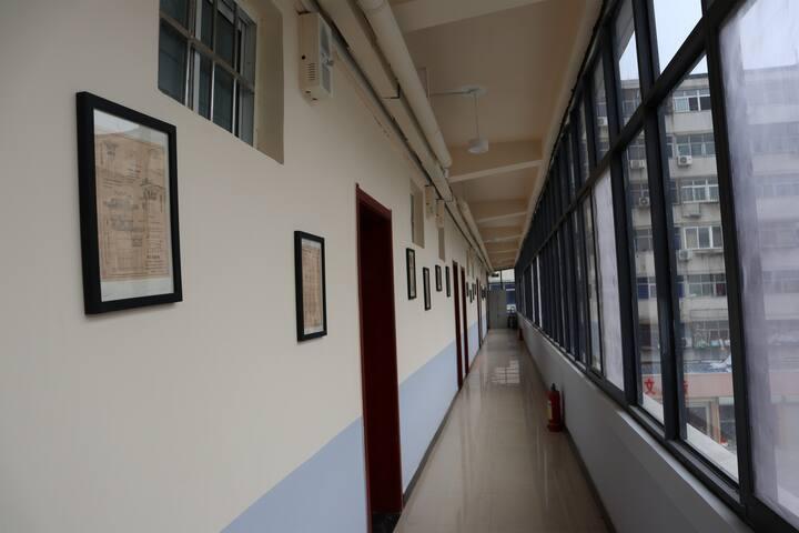 郑州火车站附近欧式简约大床房