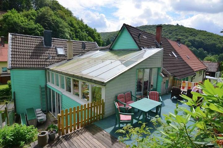 Comfortabele woning in Herzberg met een zwembad