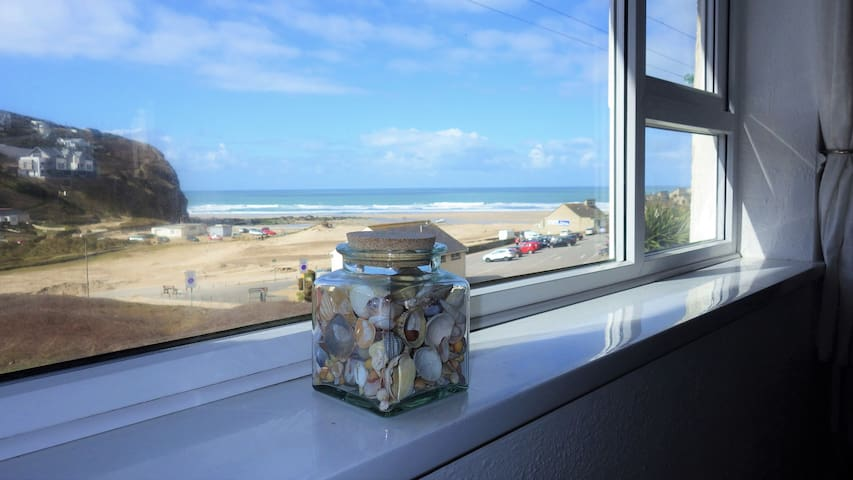 Seashells beach apartment with fab sea views - Porthtowan - Flat