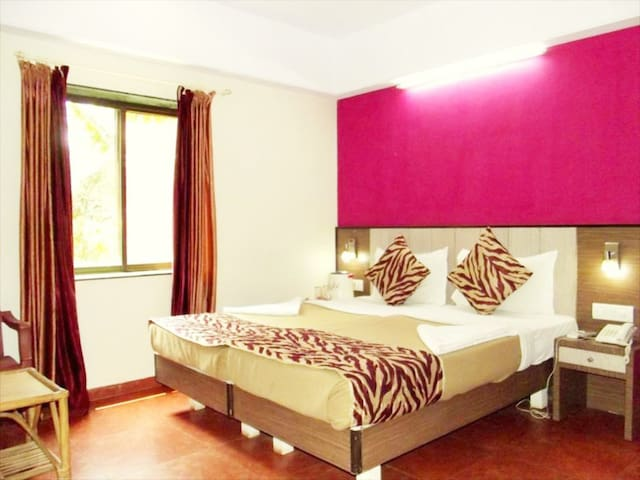 Yellow Kites Rooms 500Mtrs to Baga Beach VB