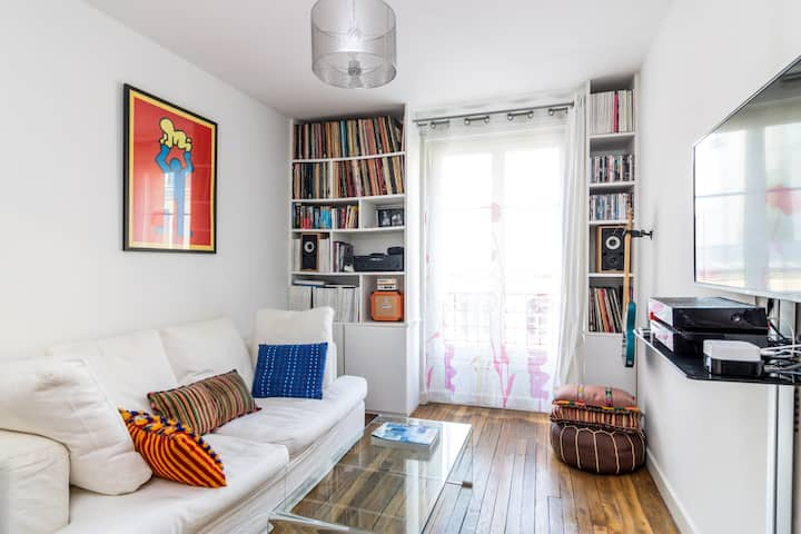 Bright Apartment Close to Monmartre