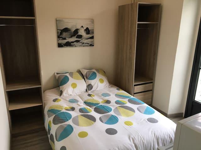 Chambre meublée 14m2 avec balcon - Azereix