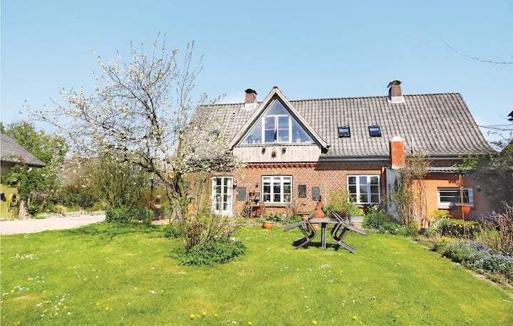 Beautiful home in Flüggendorf with WiFi and 1 Bedrooms