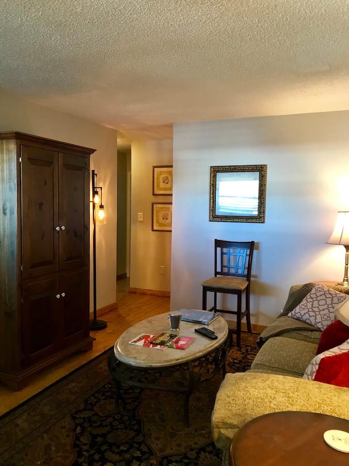 Tulsa University Area Apartment #7-Upstairs