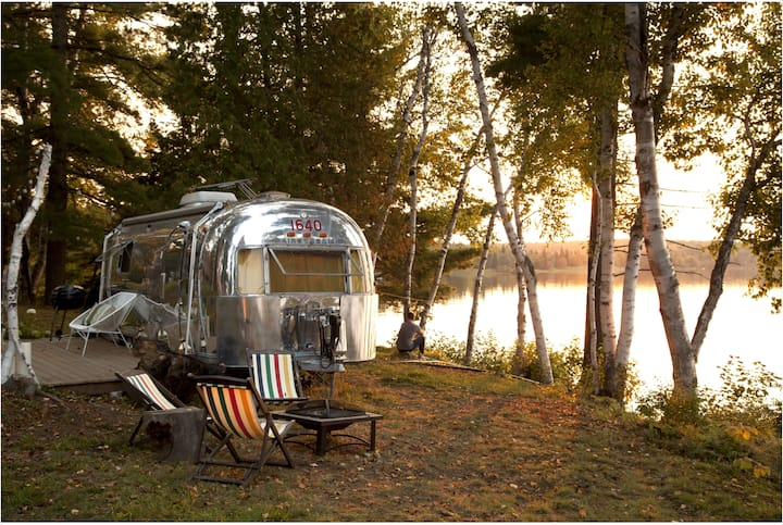 1971 Vintage Air stream on Beautiful Lake Bernard