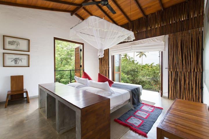 Exquisite Ocean View Suite at The Kadju House