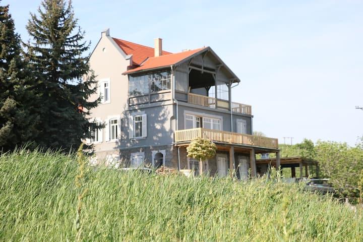 Steiner Villa Badacsony
