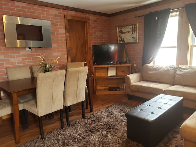 3-Bedroom 2 Bathroom Unit M4- Centrally Located