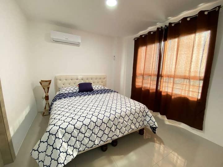Altamar II -Apartamento entero con vista al mar.