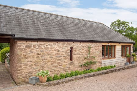 Explore The Wye Valley From This Beautiful Barn