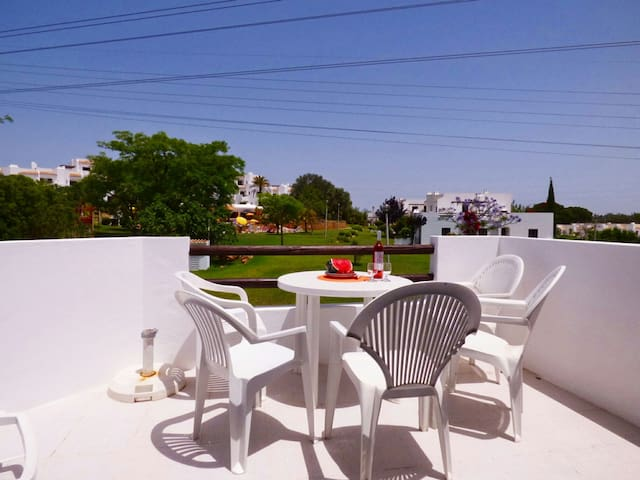 Charm apt in Resort, heated pool, all amenities - Albufeira - Wohnung