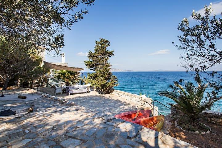 The Infinite Bleu Villa