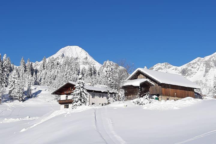 Schöne FeWo in Traumlage in den Bergen