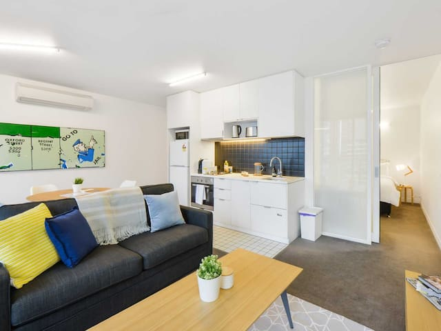 *CBD Art-Inspired Home - Superb Location!