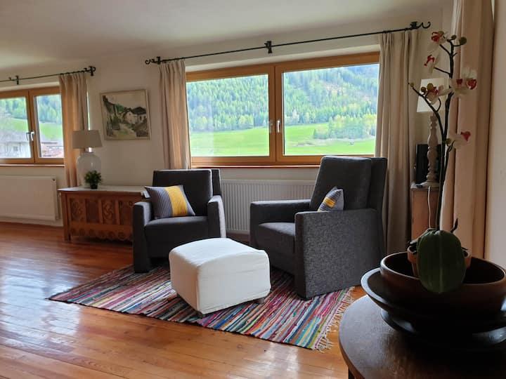 Wonderfully situated Summerhouse in Fendels, Tirol