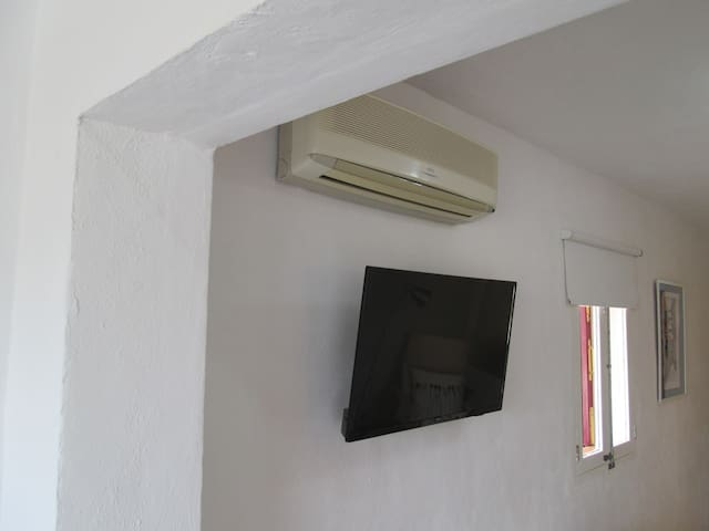 TV and air conditioner