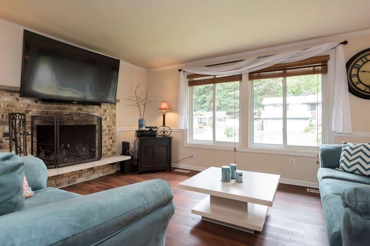 Cozy Kirkland Room - Kirkland - House