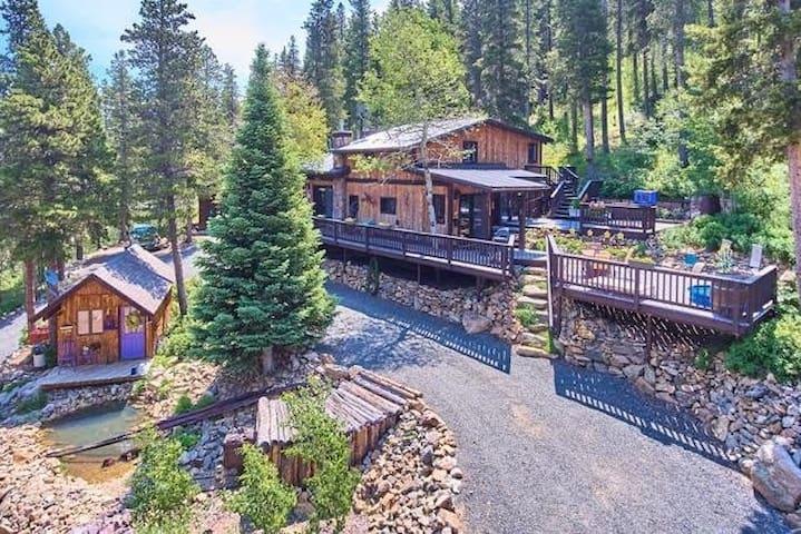 Rivendell Mountain Cabin Wilderness Retreat