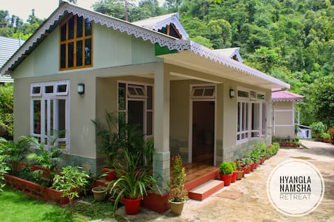Hyangla Namsha Retreat
