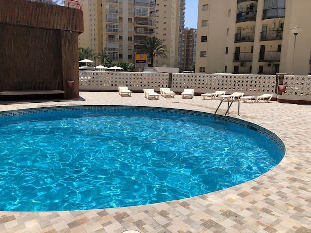 Apartamento Coblanca a 2 minutos de la playa.