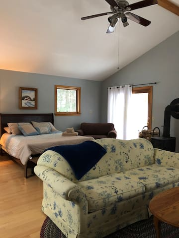 Private studio in the foothills of the Green Mts.