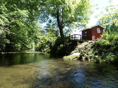 #4 Riverside Camping cabin