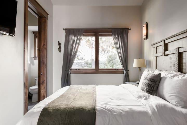 Phòng ngủ 17