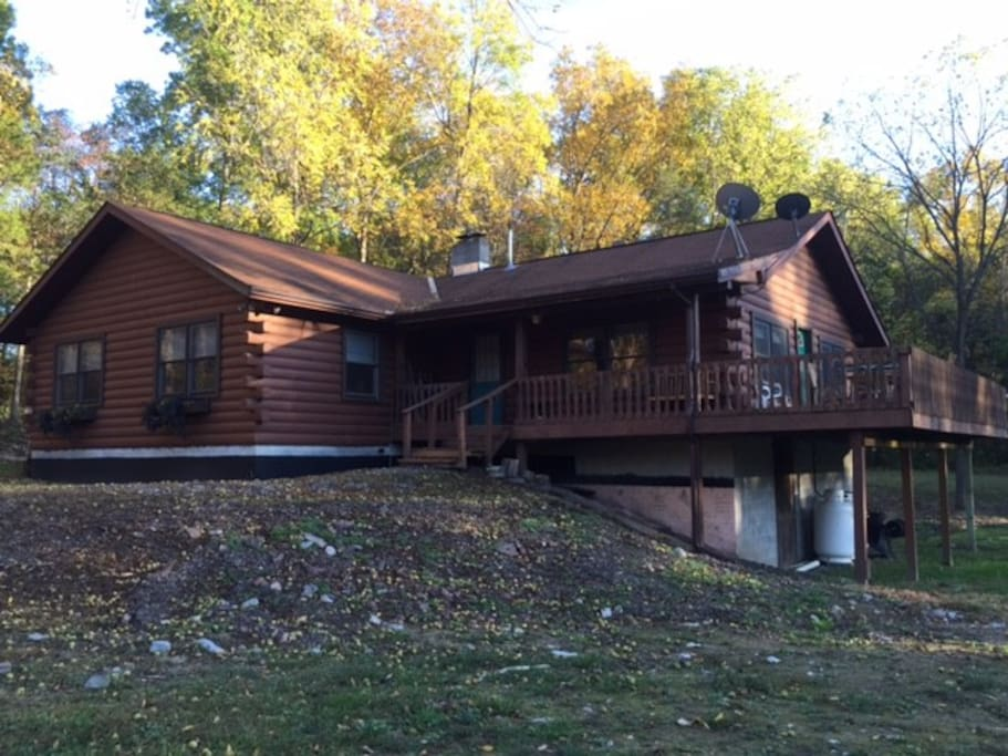 Quiet log cabin houses for rent in saugerties new york for Log cabins in ny