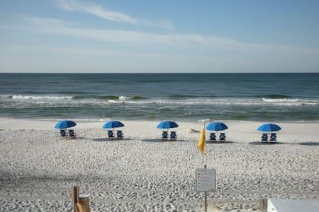 Gulf View, South of 30A, 60 Sec Walk to Beach - 聖羅莎海灘(Santa Rosa Beach) - 獨棟