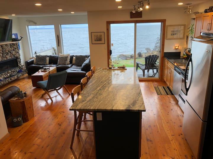 Oceanside Beach House - South