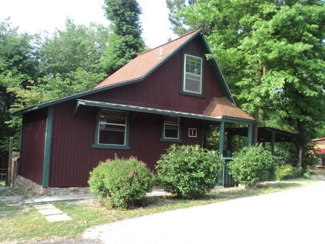 Dogwood Springs Cabin #1