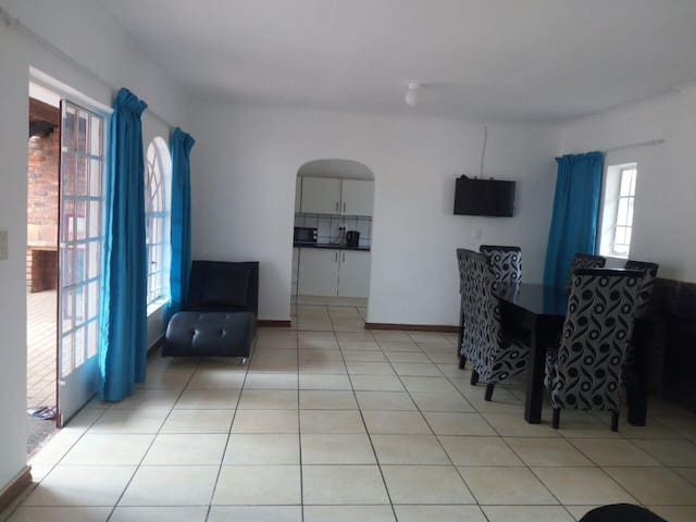 Huge Hatfield Apartment | WIFI + DSTV