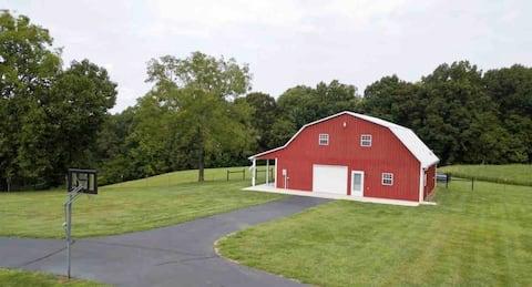 Cozy 3 bedroom barn house on the farm.