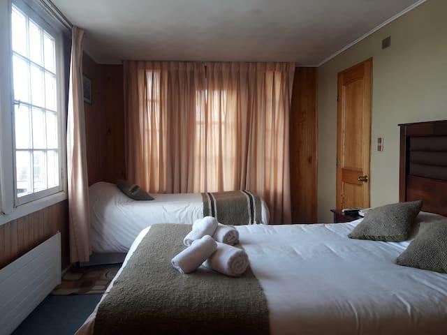 Hotel Casa Kolping Chiloe / Habitación Triple