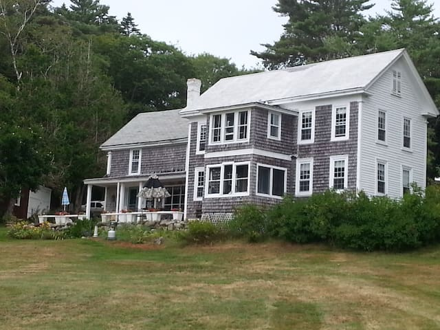 Oceanfront Historic Home - Phippsburg