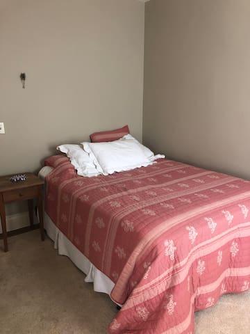 BR #2 queen bed